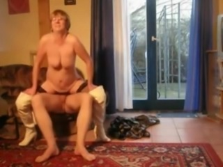 Home sex with dirty German granny Hannah