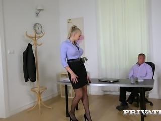 Kayla Green fucks her boss in the office