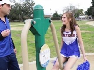 Teen cheerleader fucking
