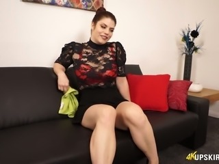 Thickalicious Lucia Love showing sexy big booty upskirt