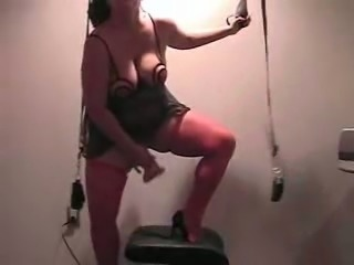 Fat and kinky bitch riding 18 inch dildo in homemade video