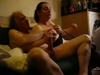 Mature filthy housewife sucked her old hubby's cock in the living room