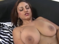 Top mom with big natural tits and sexy body