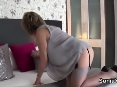 Cheating british milf lady sonia exposes her huge puppies