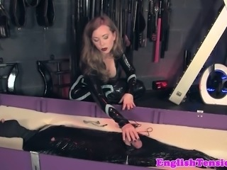 Bigtitted domina queening while jerking sub
