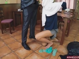 horny arab milf having an extra affair with servant