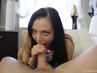 Amateur brunette blows like a pro and gets ass-fucked hard