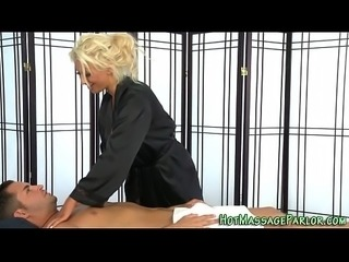 Knockers masseuse jizzing