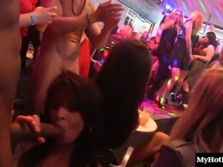 Sassy natural tits model giving dick blowjob in party