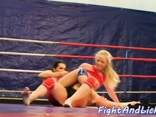 Glamour babes wrestling and pussylicking
