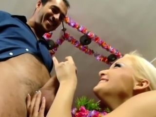 Intense handjob session with a skinny blonde