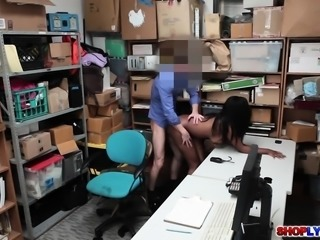Black thief Daya Knight got pounded in her pussy