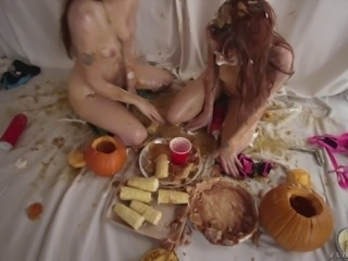 Naked Violet Monroe and Alexa Nova playing with food in a nasty way
