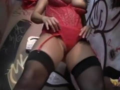 Glory-hole dick sucking with Ava Devine is a perfect experience