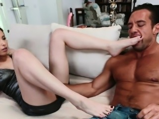 Footfetish babe fucked in cowgirl position