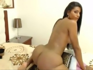 Amateur Rioshake Free Shemale Webcam Sex Toy Porn Video live TRANNYCAMS69.COM