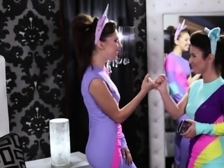 Brony Serena Blair facesitting her girlfriend Jenna Sativa