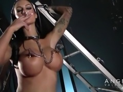 Hot toy makes Angelina Valentine scream from pleasure