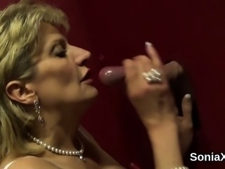 Unfaithful uk mature lady sonia flashes her huge naturals