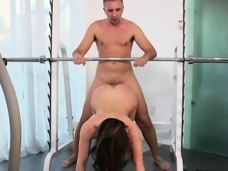 Curvy Chick Kendra Lust Gets Intense Anal Plowing