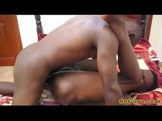 Barebacked african amateur gets ravaged