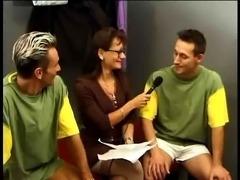 sport teem fuck hairy milf in changing-room