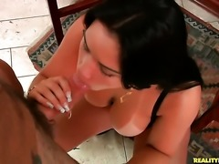 Piercings chica porn diva Roge Ferro with huge hooters and shaved snatch is...