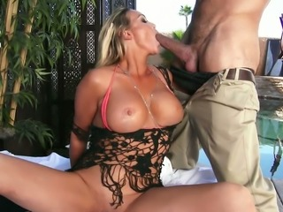 It does not take long for this busty MILF to seduce this guy