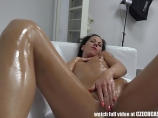 She really wanted to be cast in an upcoming porno movie, so she put on quite a show. The hottie rubbed oil all over her body and stuck her fingers in her pussy hole. Watch as this Euro babe uses her hitachi vibrator to make herself cum hard.