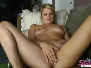 Green-eyed candy Heather Starlet making her cunt satisfied
