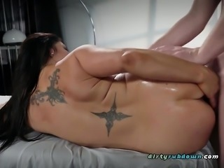 Hot Client Raven Hart Gets All Her Holes Ruined