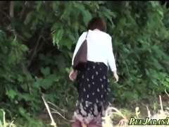 Asian pissing in public