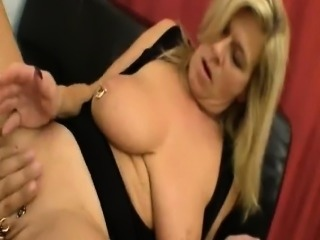 Large fisting on her vagina that is seriously pierced