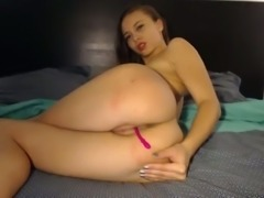 This hot camgirl loves to explore her sexuality as much as possible