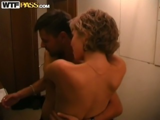 Amateur blondie gets drunk and desires to be fucked in the motel