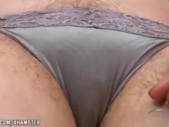 Dawna spreads her creamy pussy