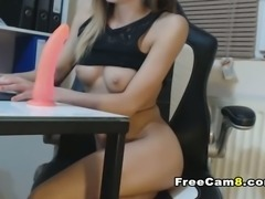 Sexy Ass Babe Wets on Dildo while Inside her Snatch