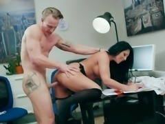 Hot Secretary Candi Kayne Enjoys Cock Of Boss