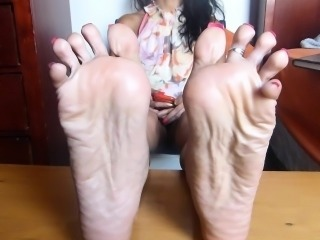 Oiling Wrinkled Soles-HD