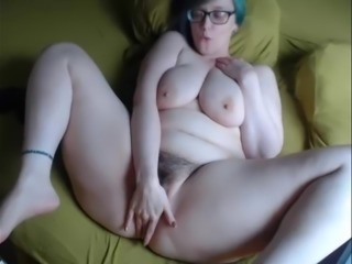 Mature Loves Hot Shows On Cam