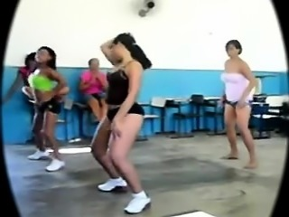 Big butt Latin teen Exercise