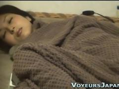 Japanese babe climaxes