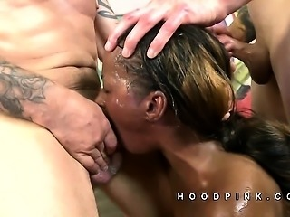 Stephinne Reigns big cocks to the face