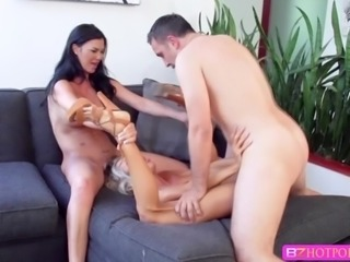 Brunette sexy babe Jasmine and Courtney shares on hard cock