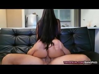 Huge boobs babe Catalina Diaz slammed