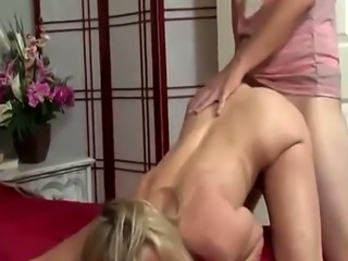 Make mom from Milfsexdating Net comfortable please