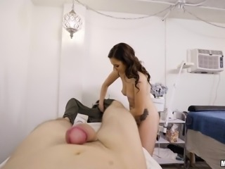 pervert voyeur leads to sexy pov lingam massage