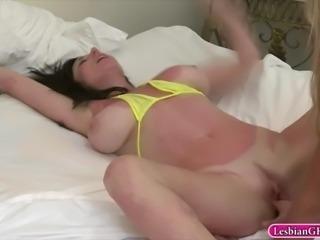 Elexis Monroe and Karen Kougar make out in the bedroom