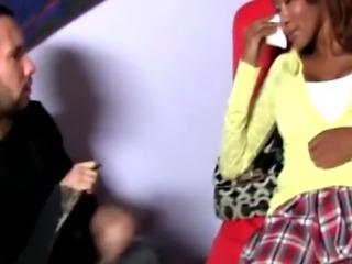 Ebony babe slut with big tits caught in interracial blow bang with bun