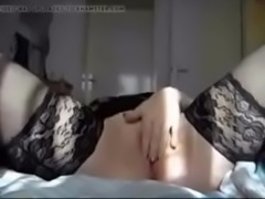 hot chick shows Wet